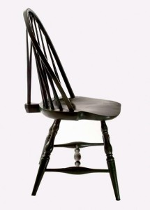 Example of bow back Windsor chair